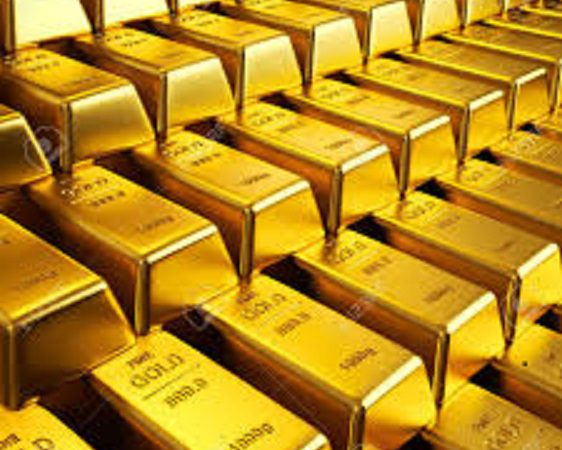 Gold prices drop by Rs 307 to Rs 47,276 per 10 gm ahead of FOMC minutes; silver falls by Rs 595